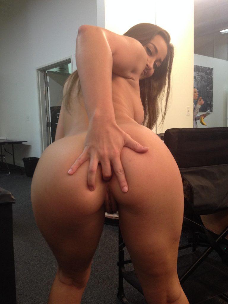 jessica simpson naked asshole