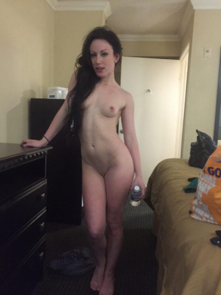 Jennifer White Nude 34