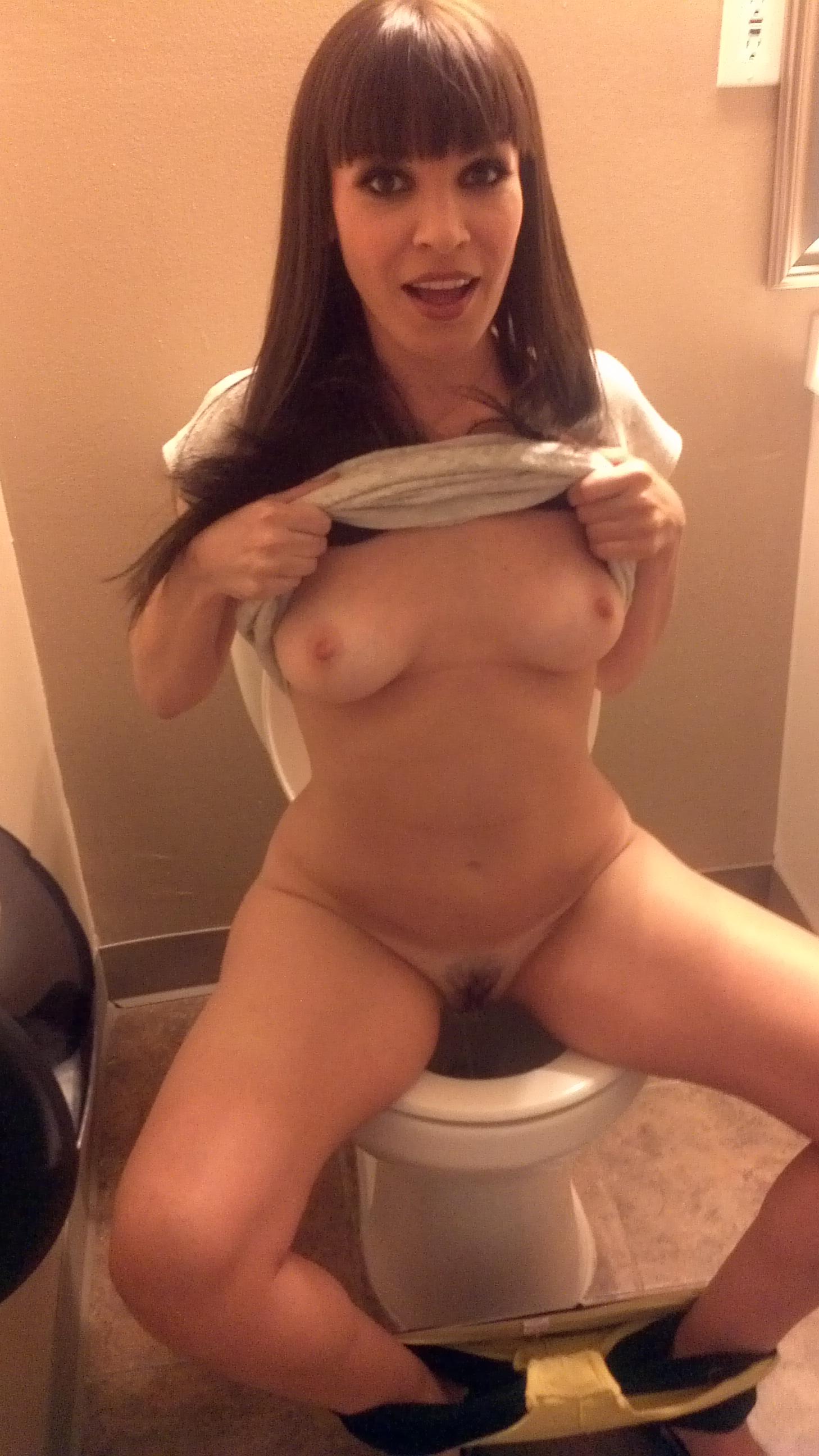 Nadia Styles Donna Dana Dearmond Porn nude pornstar dana dearmond pees in the toilet like a normal