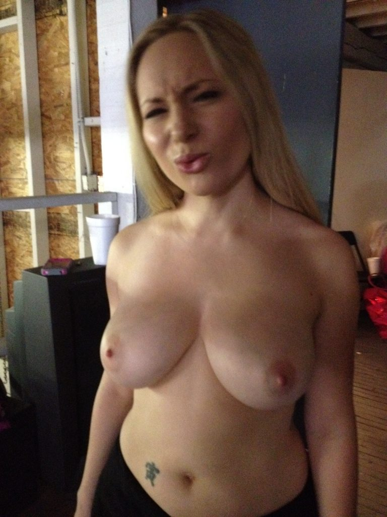 Aiden Kelly Porno so many girls so many blogs volume 2 aiden starr - james