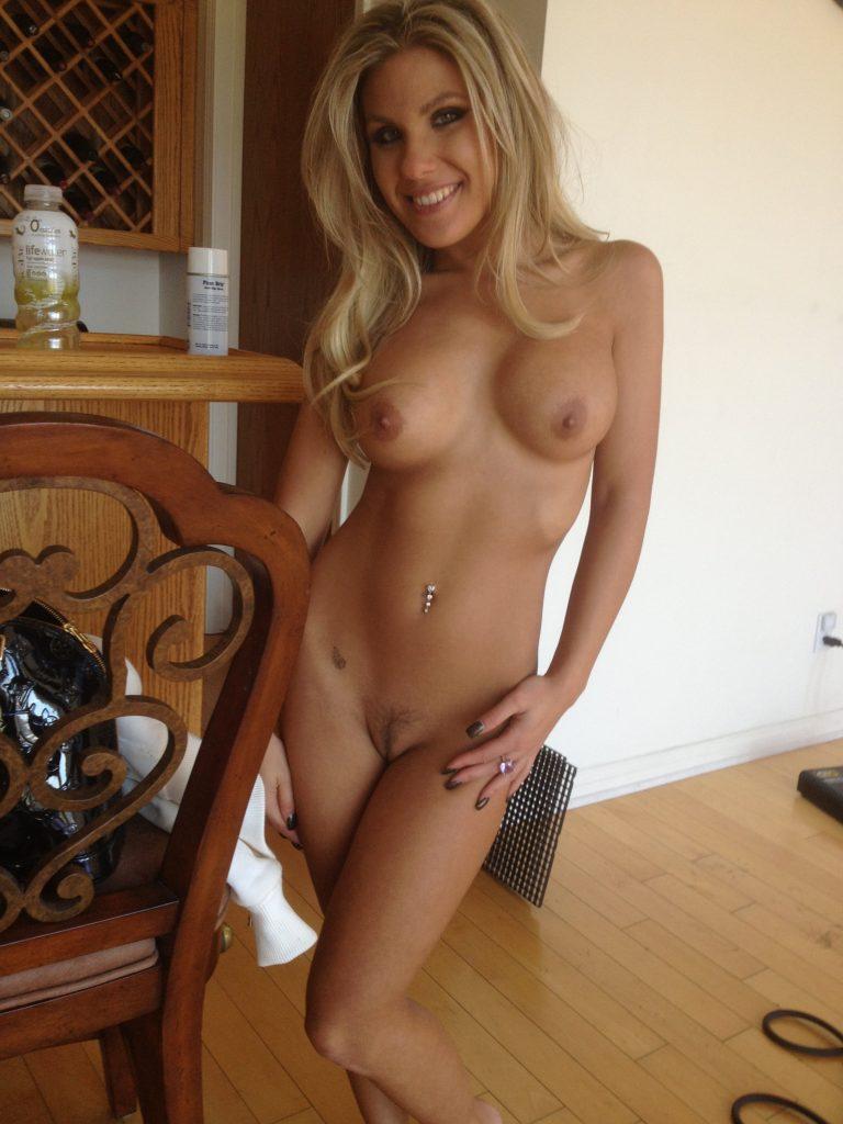Greek women nude porn pic